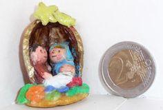 Presepe in una noce di pasta di sale #nativity #xmas #walnuts
