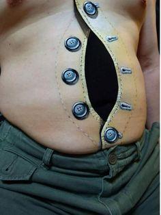 En Çılgın Dövmeler  Dövme vücudu bambaşka gösteren bir sanattır.Her yerinize yaptırabilirsiniz,hatta gözünüzün içine dilinize bile.Talep arttıkça dövmeciler kendilerini geliştirdiler.Artık 3 boyutlu gibi istediğiniz her şekli yapabiliyorlar.İşte onlara en güzel örnekler. 1-Omuza 3 boyutlu fermuar dövmesi  2-Bacak oy... Eklendi, Daha fazlası için Soosyo'ya Gel!