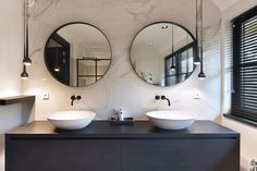 Bathroom Styling, Bathroom Interior Design, Modern Bathroom, Master Bathroom, Marble Bathrooms, Home Decor Pictures, Bathroom Toilets, Bathroom Inspiration, Cheap Home Decor