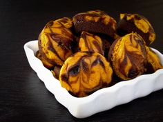 See how easy it is to make this pumpkin swirl brownies or make them into pumpkin swirl brownie bites, either way, they are your perfect fall pumpkin dessert recipe.
