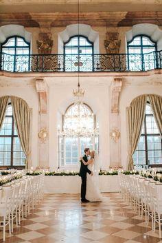Sound of Music palace wedding | Photography: Grace and Blush