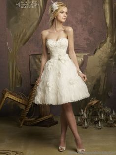 Cheap dress multiply, Buy Quality dresse directly from China dresses dance Suppliers: 2015 A Line Short Wedding Dresses Ivory Organza Ruffles Vestido De Noiva Bridal Gowns Sweetheart Beading &nbs Wedding Dress Buttons, Wedding Dress Organza, Sweetheart Wedding Dress, Bridal Dresses, Bridesmaid Dresses, Prom Dresses, Dress Lace, Strapless Organza, Organza Dress
