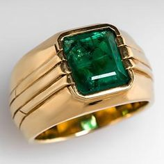 Estate Mens Emerald Ring Bezel Set in 18K Gold -