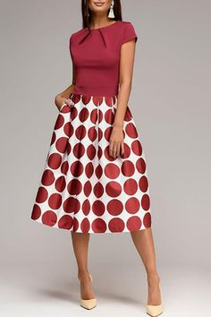 Round Neck Short Sleeve Big Polka Dot Printed Skater DressRed / s Maxi Dress With Sleeves, Chiffon Maxi Dress, Midi Skater Dress, Skater Dresses, Floral Print Maxi Dress, Floral Dresses, Dress Silhouette, Online Fashion Stores, Online Shopping