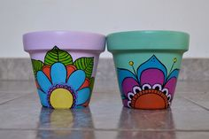 Macetas Para Cactus Pintadas A Mano - $ 80,00 Flower Pot Art, Flower Pot Design, Flower Pot Crafts, Clay Pot Crafts, Cactus Flower, Painted Plant Pots, Painted Flower Pots, Pottery Painting Designs, Pottery Designs