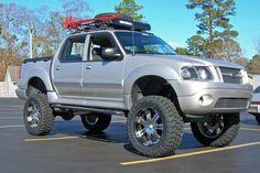 Lifted Ford Explorer, 2009 Ford Explorer, Ford Explorer Sport, Ford Sport Trac, Sport Cars, Cool Trucks, Big Trucks, 4x4, Sports Drawings