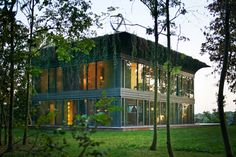 Fab - prefab #1 - prefabricated low-energy wooden homes : PATH homes by Philippe Starck and Riko