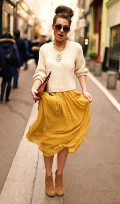 Fall look - maxi skirt, sweater and booties