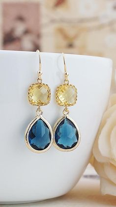 Yellow and Navy glass drops earrings from EarringsNation Navy+Yellow Navy and yellow weddings