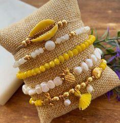 Diy Beaded Bracelets, Diy Bracelets Easy, Bracelet Crafts, Diy Necklace, Handmade Bracelets, Jewelry Crafts, Jewelry Bracelets, Handmade Wire Jewelry, Handmade Accessories