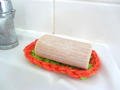 Plarn soap dish