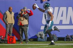 DeMarco Murray scores a 54 yd TD - his longest run of the year - in the Philadelphia Eagles 35-30 win over the Giants