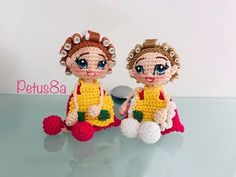 Vecindad del Chavo 8 - YouTube Crochet Videos, Amigurumi Doll, Crochet Dolls, Funny Kids, Crochet Patterns, Embroidery, Christmas Ornaments, Knitting, Holiday Decor