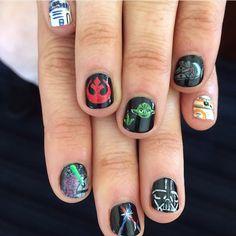 TheForceAwakens manicure - super☺