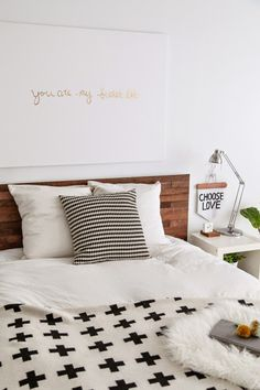 Chic ikea hacks to update your cheap furniture. Ikea hacks to take your bland furniture to chic. These 12 fashionista-approved DIY hacks will help you update your decor and make your Ikea purchases unique. For more DIY project ideas go to Domino. Cama Malm Ikea, Ikea Headboard, Headboard Ideas, Diy Headboards, Reclaimed Headboard, Ikea Pillow, Bed Ikea, Home Bedroom, Bedroom Decor