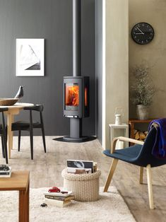 Learn more about the Jotul Wood Stove among the fireplace products at Hearth and Home Calgary. Modern Log Burners, Modern Wood Burning Stoves, Log Burning Stoves, Small Wood Stoves, Corner Log Burner, Wood Burning Stove Corner, Wood Burner Fireplace, Fireplace Hearth, Gas Fireplaces