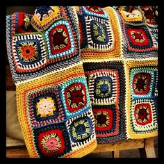Cobija de crochet. Puro cashmere. Baby cashmerino. Para cama individual...