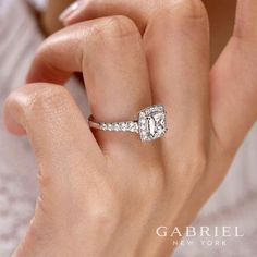 Gabriel and Co Featured Style: ER10907