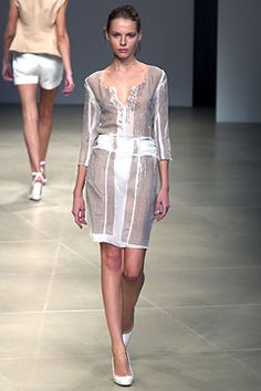 Jil Sander | Spring 2004 Ready-to-Wear Collection | Style.com