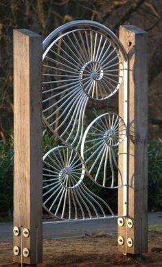 Fibonacci gate design