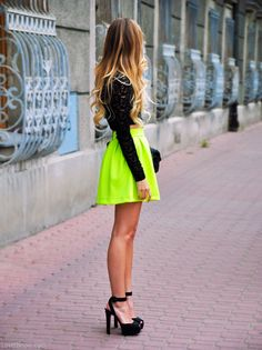 Street Style fashion black bright neon skirt #streetstyle #fashion #lisaandlond #summer #neon #love #hot #skater skirt #strappyheels #croptop