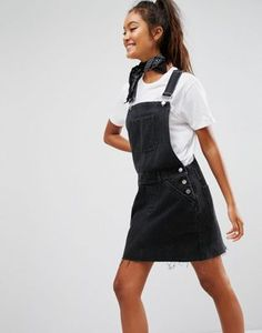 online shopping for ASOS DESIGN denim overall dress washed black from top store. See new offer for ASOS DESIGN denim overall dress washed black Denim Dungaree Dress, Denim Dungarees, Denim Outfit, Summer Dress Outfits, Fall Fashion Outfits, Cute Outfits, Salopette Jeans, Cooler Style, Black Overalls