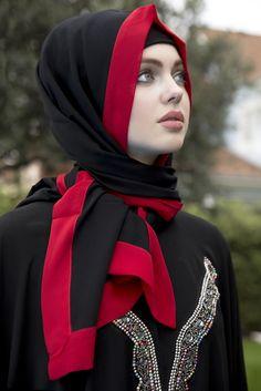 Arzu Ergen Siyah Kırmızı Şal