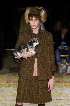 Vivienne Westwood Fall 2017 Fashion Show - The Impression Fashion News, Fashion Show, Vivienne Westwood, Street Style, Fall, Model, Autumn, Urban Taste