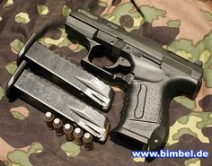 Walther P99 with 2 extra magazines.