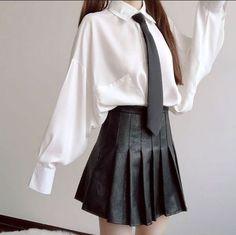 Teen Fashion Outfits, Edgy Outfits, Korean Outfits, Cute Casual Outfits, Pretty Outfits, Girl Outfits, Japanese Outfits, Korean Girl Fashion, Korean Street Fashion