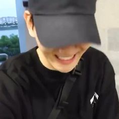 Selca Baekhyun, Baekhyun Fanart, Suho Exo, Exo Kai, Zoo Wee Mama, Exo Lockscreen, Jungkook Aesthetic, Xiu Min, Exo Memes