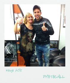 Jordi Alba con su estilista Marta en el Photocall del salón de L'Hospitalet.