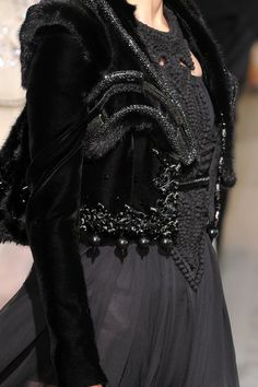 Givenchy Fall 2009 - Details