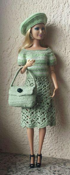 23 ideas crochet amigurumi doll clothes barbie dress for 2019 Crochet Doll Dress, Crochet Barbie Clothes, Doll Clothes Barbie, Knitted Dolls, Barbie Dress, Barbie Doll, Ag Dolls, Dress Clothes, Barbie Clothes Patterns