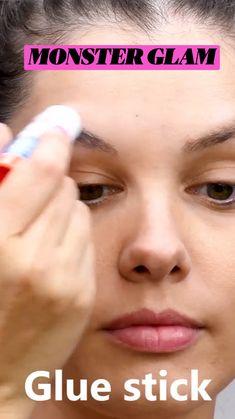 Goth Makeup, Eyebrow Makeup, Makeup Inspo, Makeup Inspiration, Makeup Tips, Beauty Makeup, Maquillage Halloween, Halloween Makeup, Crazy Makeup