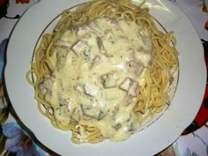 smotanová omáčka na cestoviny Main Meals, Bon Appetit, Gnocchi, Potato Salad, Mashed Potatoes, Macaroni And Cheese, Food And Drink, Low Carb, Healthy Recipes