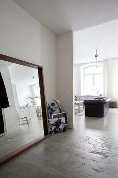 BIG MIRRORS white osb floors