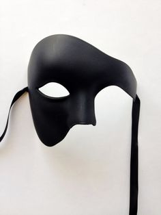 "Mens Masquerade Mask, ""Phantom of the Opera"" Mask, Mardi Gras Mask Men, Venetian Masquerade Mask Masquerade Attire, Black Masquerade Mask, Venetian Masquerade Masks, Masquerade Ball, Masquerade Cakes, Opera Mask, Masked Man, Cool Masks, Halloween Disfraces"