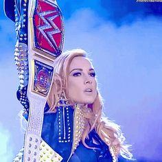 Rebecca Quin, Raw Women's Champion, Becky Lynch, Female Wrestlers, Roman Reigns, Athletes, The Man, Divas, Wwe