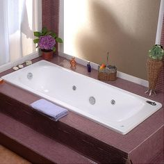 ¡Ya es momento de cambiar tu tina normal por una de hidromasajes! #Relajación #baño #Sodimac #Homecenter