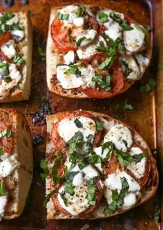 Would love to start off my morning with this delicious mozzarella, tomato and basil toast! Yum!