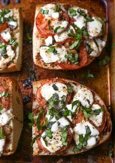 Mozzarella, tomato & basilic toasts