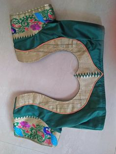 Cutwork Blouse Designs, Patch Work Blouse Designs, Simple Blouse Designs, Stylish Blouse Design, Churidhar Neck Designs, Blouse Neck Designs, Sleeve Designs, Traditional Blouse Designs, Designer Blouse Patterns