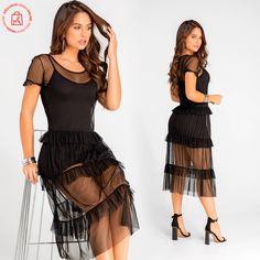 Transparencias que dejan ver tu silueta y seducción. Haz clic en la imagen y compra online>> Dresses, Fashion, Vestidos, Pants, Blouses, Unique Clothing, Athletic Wear, Silhouettes, Shirts