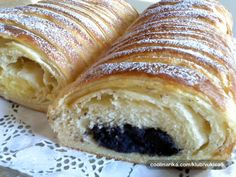 Saznaj više: lisnata štrudla sa makom i kremom od vanilije Albanian Recipes, Croatian Recipes, Cookie Recipes, Dessert Recipes, Desserts, Puff And Pie, Bread Dough Recipe, Kolaci I Torte, Bread And Pastries