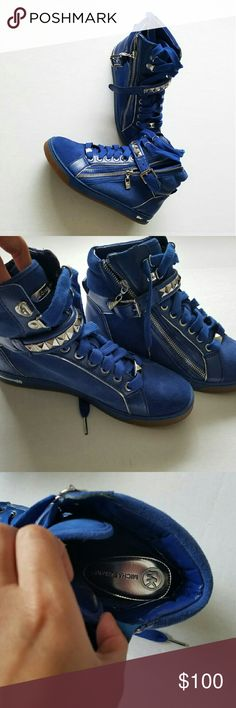 """Michael kors High top sneakers Brand new Michael kors High top sneakers SIZE 8 Women's (true to size)  Made out of Leather & Suede, Royal blue & Silver hardware  very comfortable  From a Smoke free home  **WILLING TO TRADE FOR ANOTHER MK HIGH TOP SNEAKERS, BUT SIZE 6 OR 6.5. MUST BE NEW LIKE THESE"""" OTHER ITEMS I'M WILLING TO TRADE FOR  *COACH BACKPACK *MICHAEL KORS BACKPACK *MICHAEL KORS WATCH *Puma Rihanna trainers or Puma fierce core Size 6  PLEASE NOTE, you must ship your item 1st if we…"""