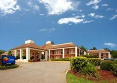 #Low #Cost #Hotel: QUALITY INN KINGSLAND, Kingsland, USA. To book, checkout #Tripcos. Visit http://www.tripcos.com now.