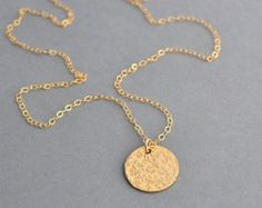 Check out Hammered Disc Necklace / Silver, Gold, Rose Gold Disc Necklace / Hammered Circle necklace / Minimalist Necklace on malizbijoux