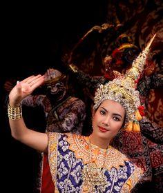 Royal Thai Dance