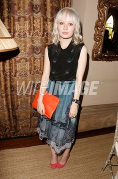 Emily Browning Stuns in Honor Dress at CFDA/Vogue Fashion Event on http://www.shockya.com/news